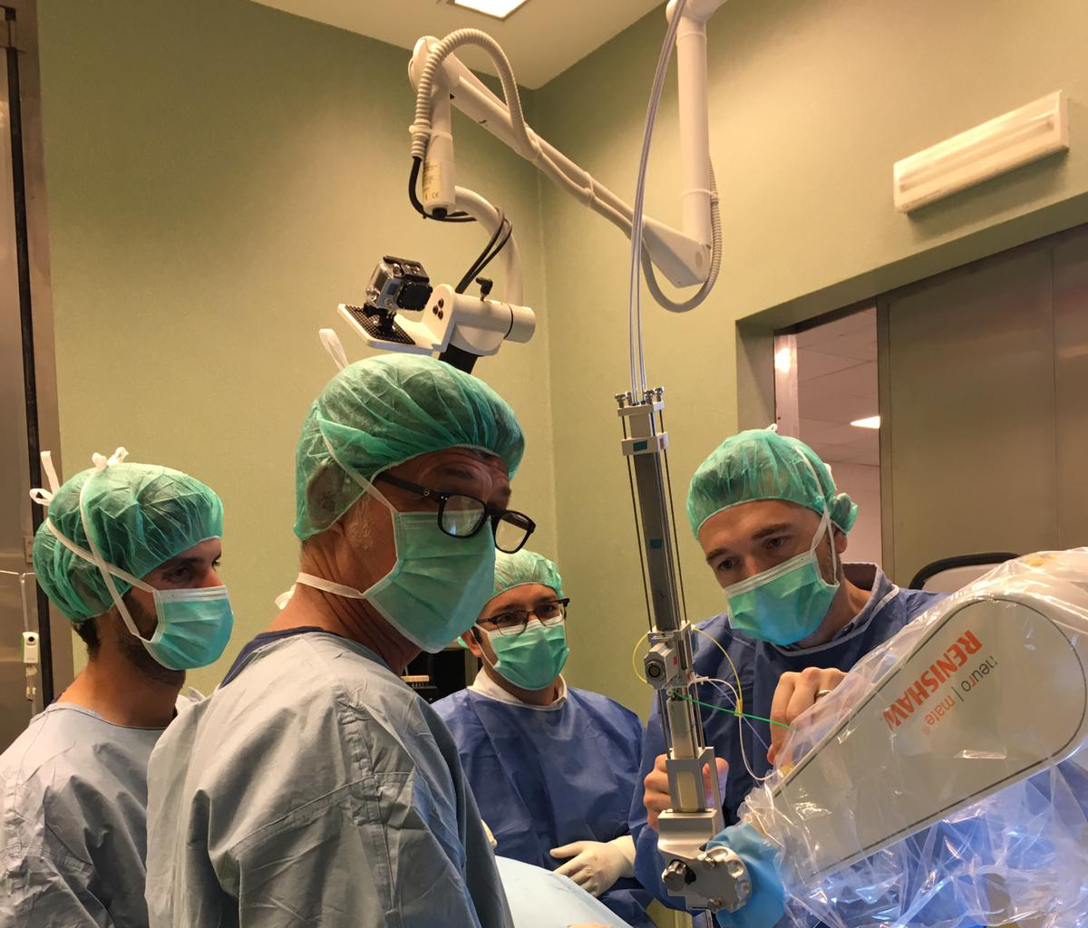 The medical team during the invivo trial of the catheter insertion